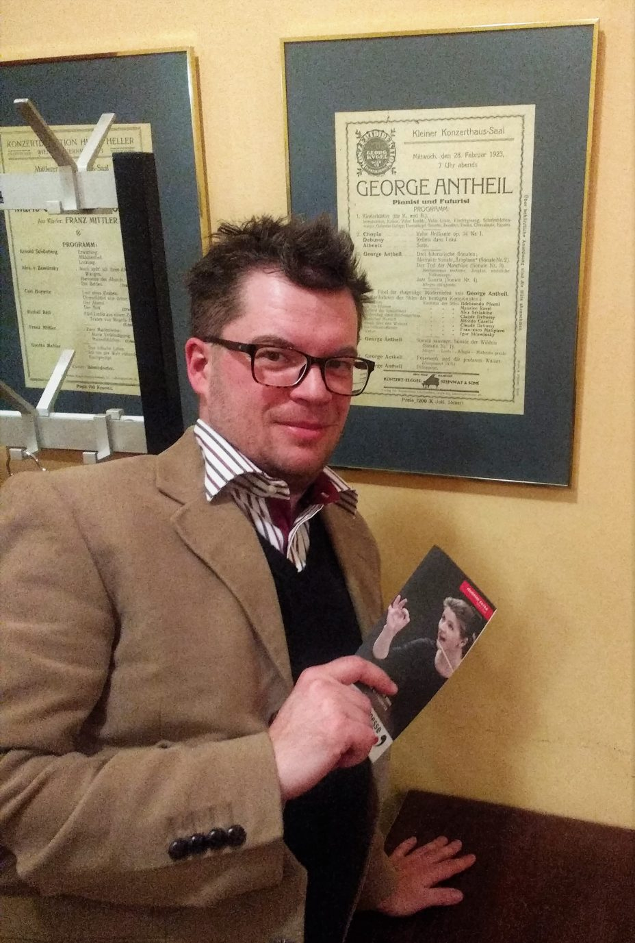 The author standing in front of the programme of a 1923 Antheil recital